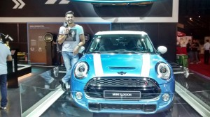 homens-salao-do-automovel-2014-mini
